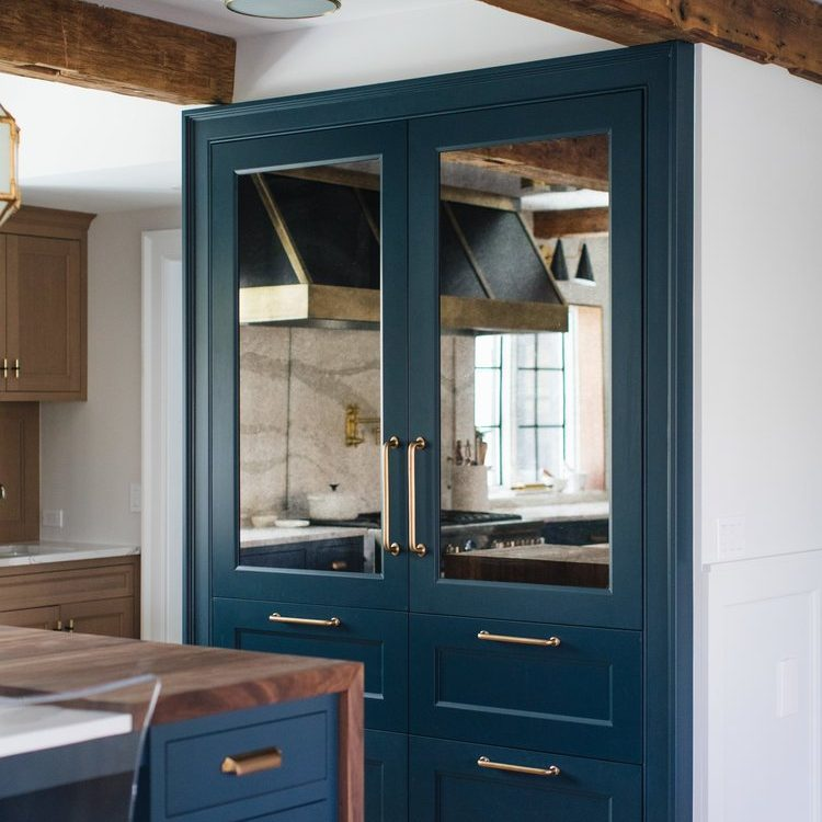 Kenowa Builders navy blue kitchen, blue coffee bar with Jean Stoffer Design